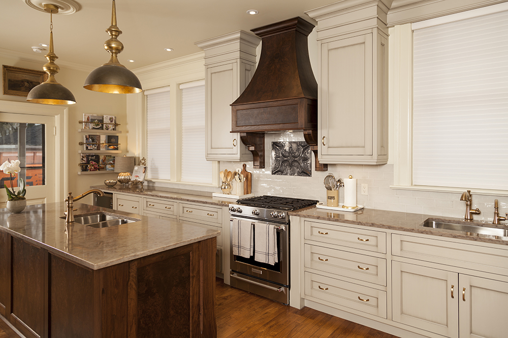 Custom High End Kitchen Cabinets - WoodLand Horizon