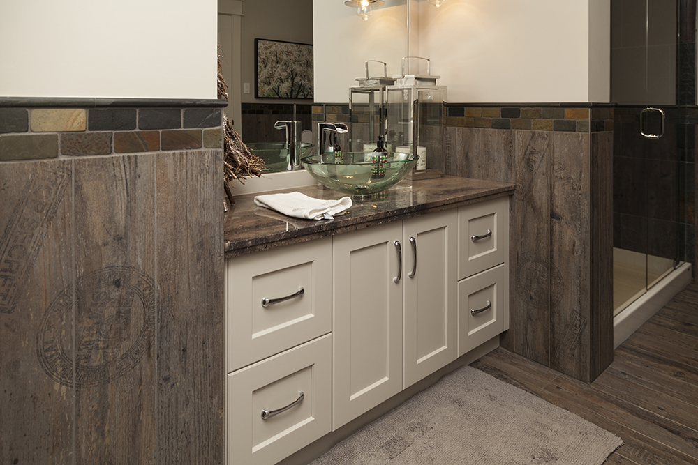 Custom Bathroom Vanities | WoodLand Horizon