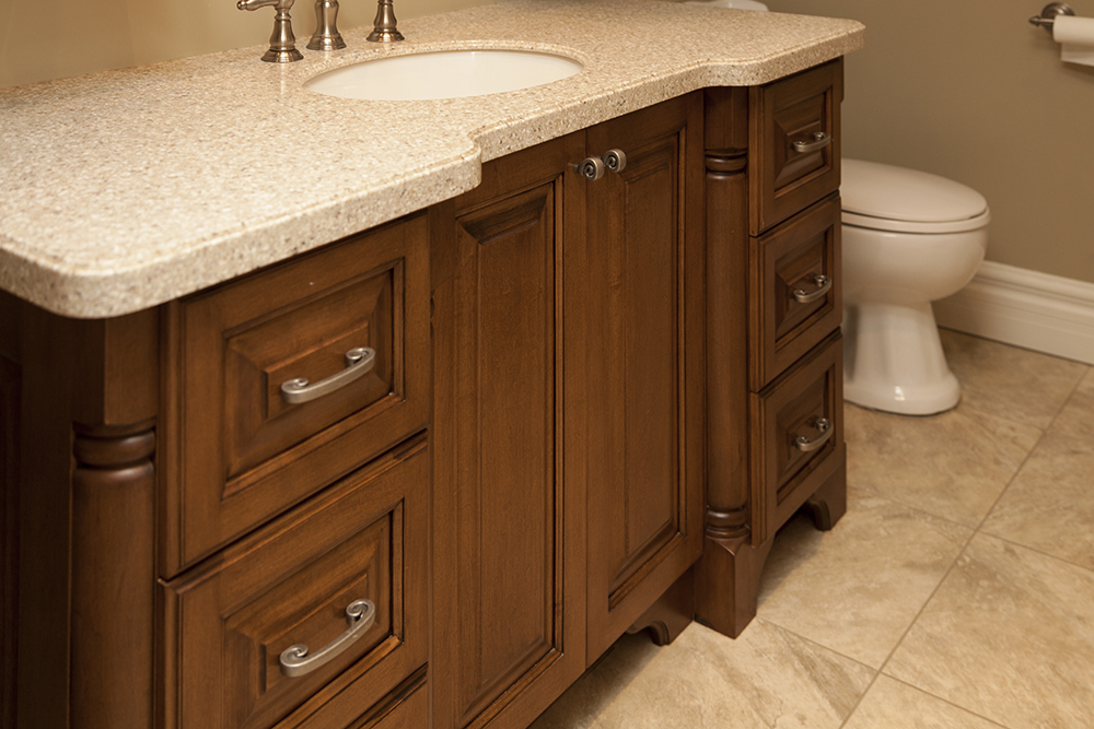 Custom Bathroom Vanities at WoodLand Horizon