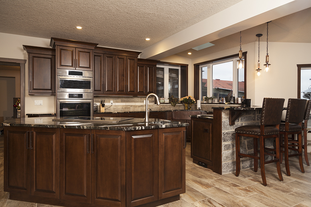 custom kitchen cabinets high end kitchen designs woodland horizon - High End Kitchen Cabinets